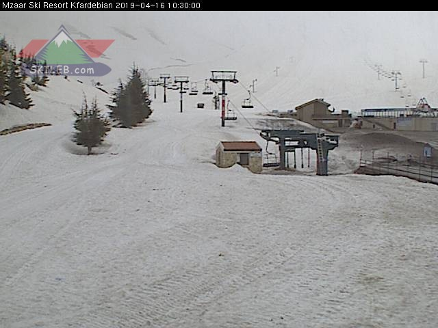 Mzaar Ski Resort Kfardebian Lebanon webcam on 04161910 by SKILEB.com